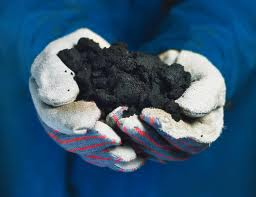 sabbie bituminose Oil Sands. Photo from Suncor Energy. Used under Creative Commons License.