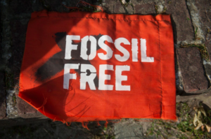Fossil-free-flag